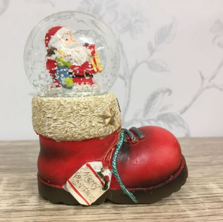 Merry Christmas Santa in Boot Snow Globe ~ Glass Waterball